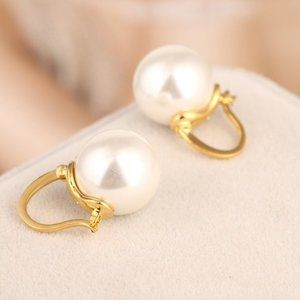 Kate Spade Fashion Pearl Earrings